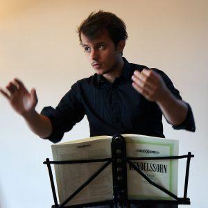 Grégoire Michaud dirige